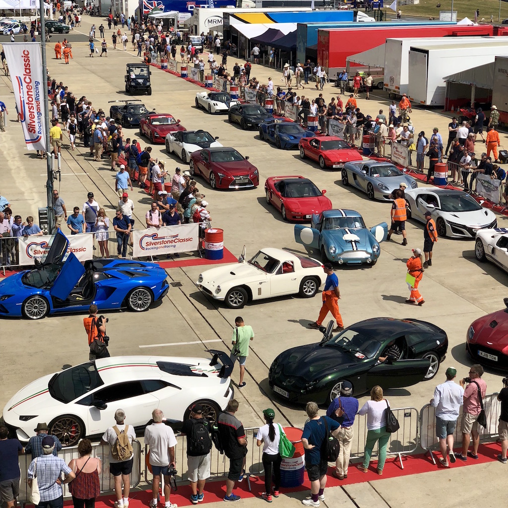 Image of supercars forming ready for parade laps